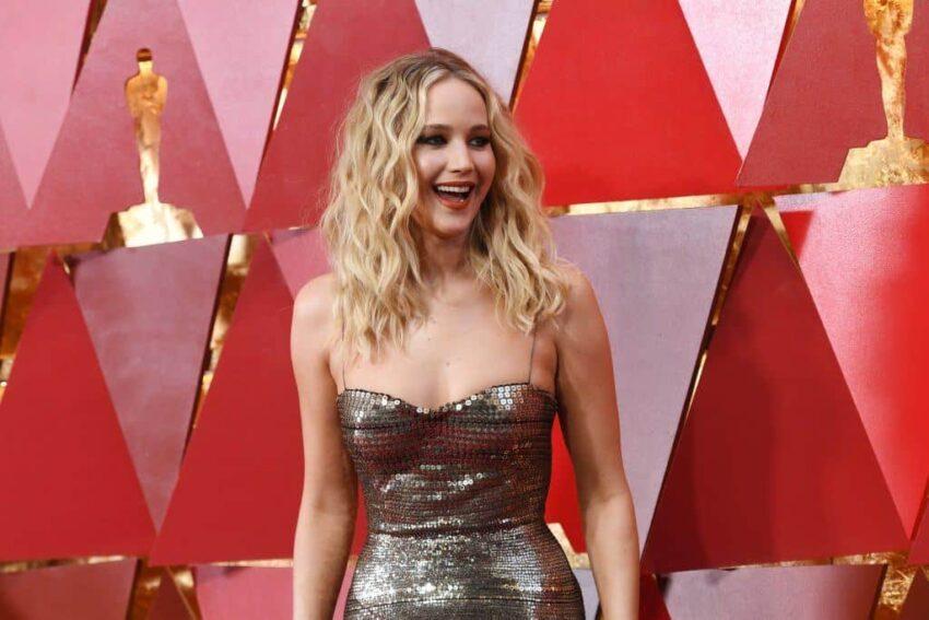 Jennifer Lawrence Nasıl Büyük Bir Yıldız Oldu? - Sinema Hanedanı