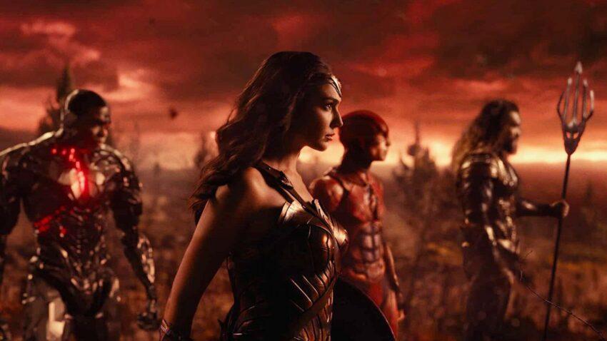 Zack Snyder'ın SnyderCut İçin Yeni Açıklamaları - Sinema Hanedanı