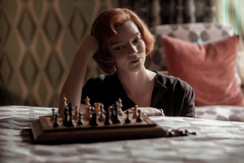 The Queen's Gambit İncelemesi | Netflix'in En İyi Dizisi - Sinema Hanedanı