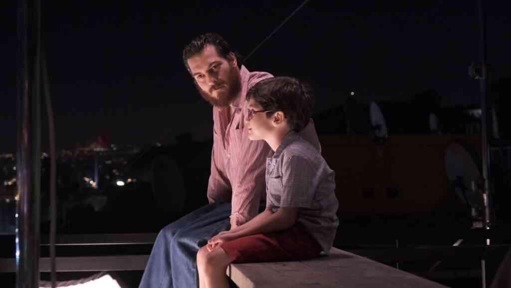 Kağıttan Hayatlar Film İncelemesi - Sinema Hanedanı